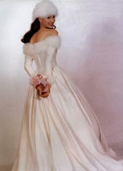 What better season to get married than in a winter wedding dress