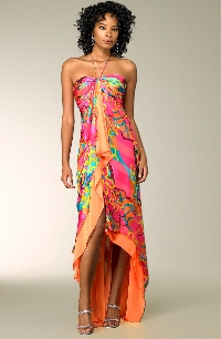 If you're wondering what to wear in Miami, here are some tropical fashion tips