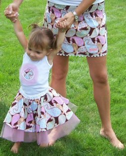 What to wear this summer for moms busy with kids and warm weather activities