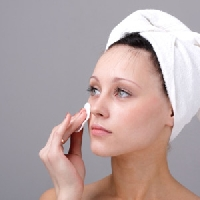 Learn how to select sensitive skin products to pamper delicate skin