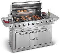 A list of gas grilling tips includes insight on equipment, food and safety