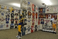 NFL sports memorabilia collecting makes fans part of the game