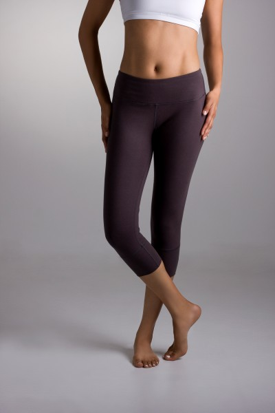 Here's how to look good in yoga pants for the fashion conscious woman