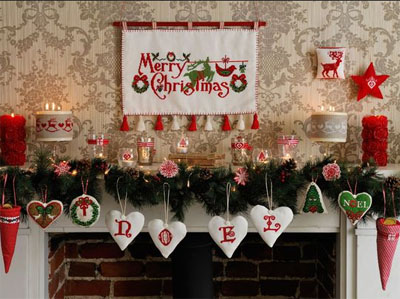 Tips to tell a story with your holiday display this season