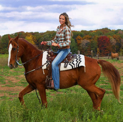Know what to wear for horseback riding in the fall to stay warm and comfortable