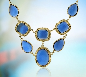 Wear costume jewelry to let your style shine!