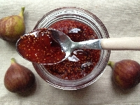 Making your own fruit preserves puts you in charge of all the ingredients