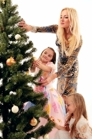 Throw a memorable Christmas party for your family.