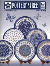 Picture of polish pottery dinner plates from Pottery Street catalog